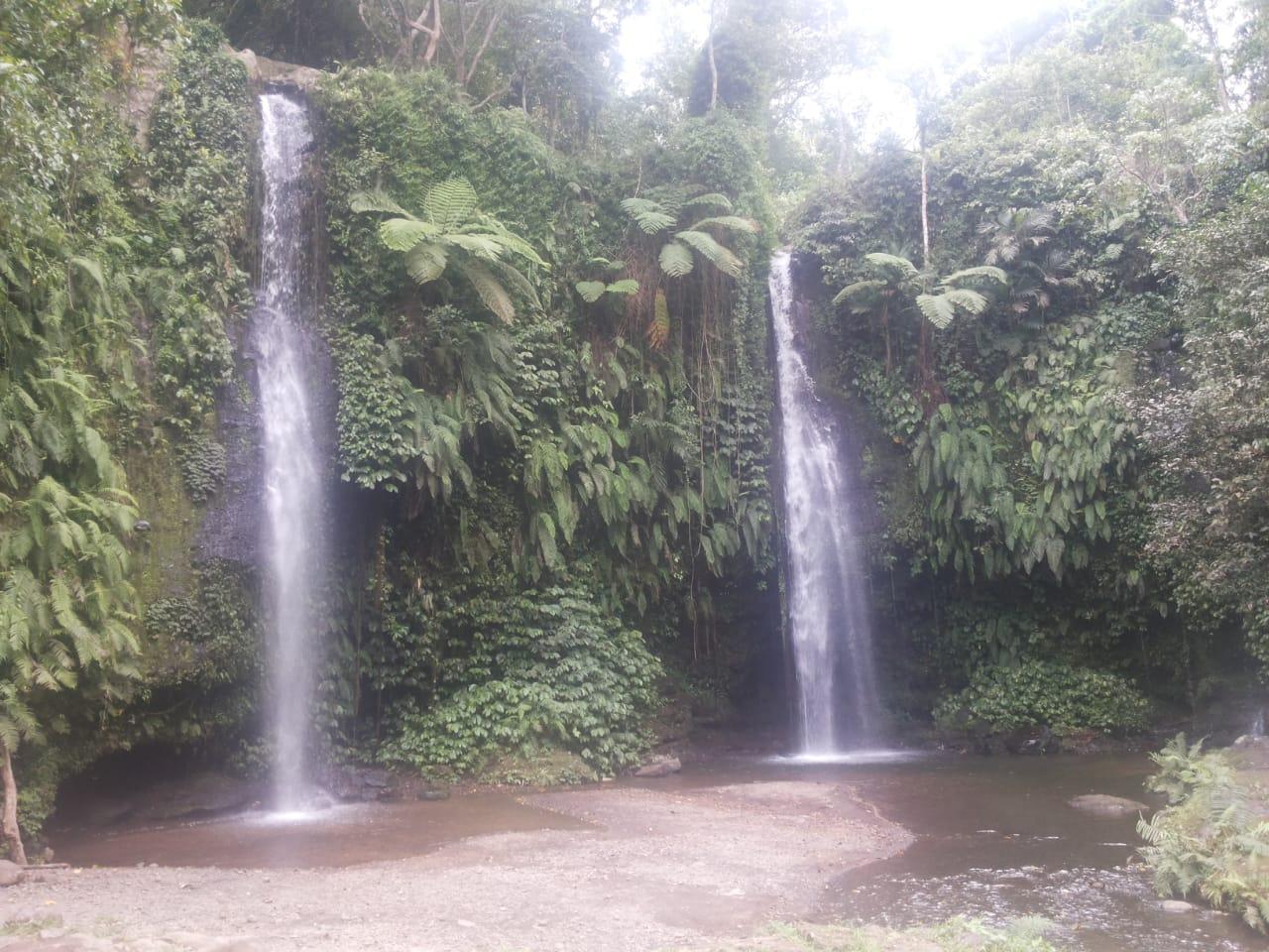 One day tour Benang Stokel waterfall