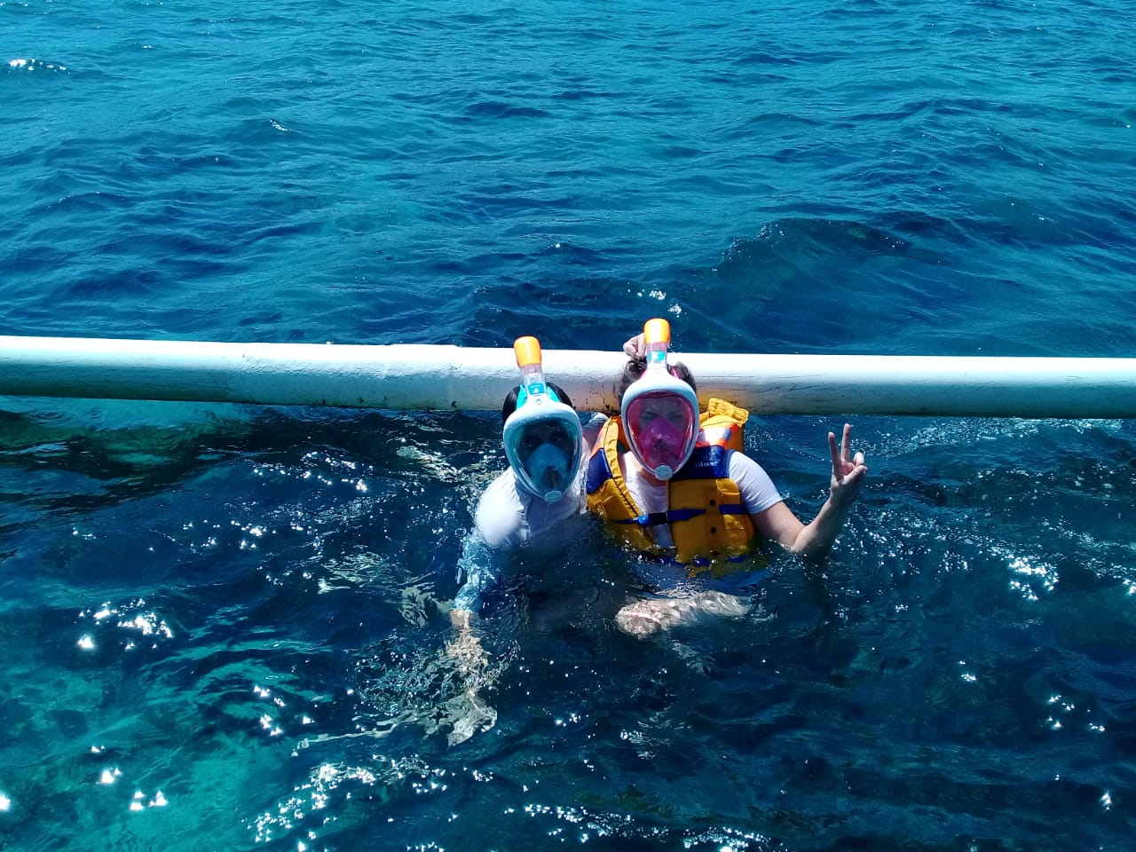 snorkeling three gili