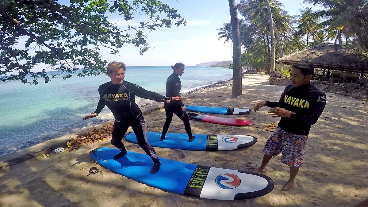 Semiprivate surf lessons Senggigi area